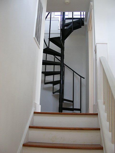 Island Cottage Spiral Stairs
