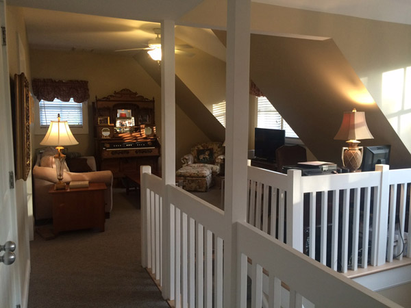 Plantation Cottage Den